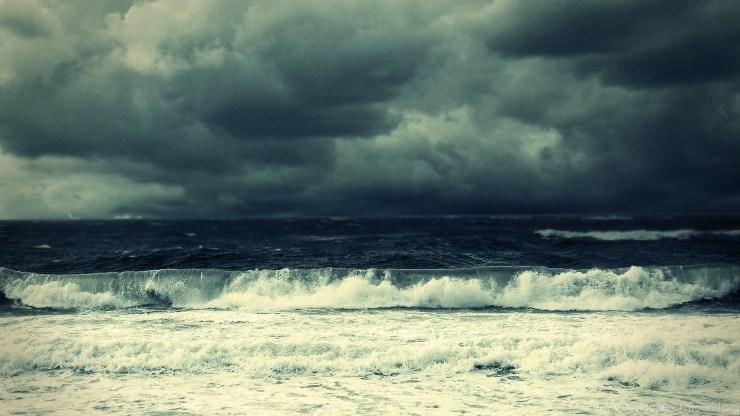 589557_stormy-ocean-wallpapers_1920x1080_h.jpg